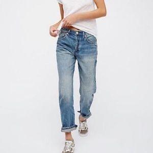 Free People boyfriend mom jeans size 26